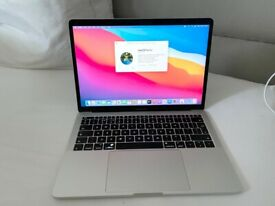 """MACBOOK PRO 2016 13"""" LAPTOP,SILVER, 2.4 GHZ I7,16GB RAM,512GB SSD,GOOD CONDITION,FULL WORKING ORDER"""