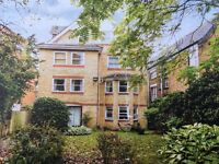 1 Bed Purpose Built Top Floor Flat with Private Parking and Loft Storage Space. Part Furnished
