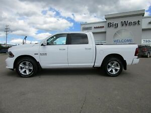 2015 Ram 1500 CREW CAB SPORT 4x4 LEATHER / SUNROOF / CAMERA Edmonton Edmonton Area image 4