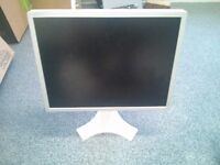 2 x NEC 2160UXP monitors 1600x1200
