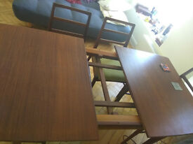 Fabulous Vintage Richard Hornby brown Dining Table with four chairs