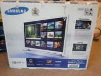 32 inches LED Samsung Smart TV in very good condition