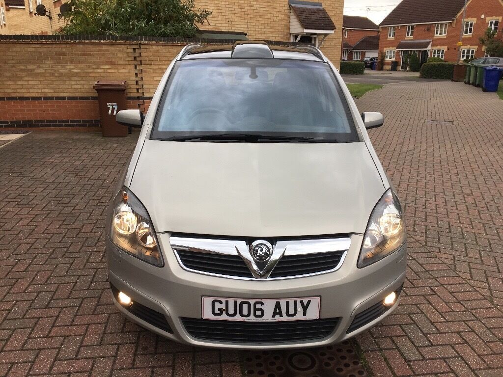 Vauxhall Zafira 1,9 Diesel.93000 miles. 7 seater .Manual.Panoramic roof . Service history