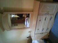 Dresser with mirror in great condition