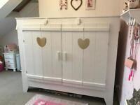 Barker and stone house girls bed