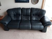 Stylish 3+2+1 Seat Navy Sofa Set in Excellent Quality Leather