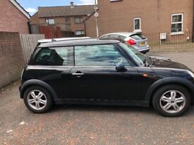 Mini one excellent condition and first car1500