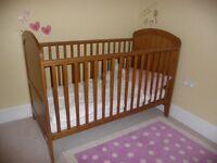 Lollipop Lane Oak Cot Bed