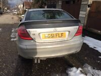 Mercedes 220cdi for sale in very good condition