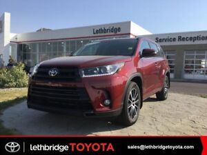 2017 Toyota Highlander - Please TEXT 403-894-7645  for more info