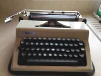 Vintage Retro ERIKA MODEL 105 Typewriter