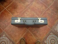 "Leather Mens or Ladies Briefcase Combination Lock Grey Size 1'8"" x 1'4"" x 3.5"""