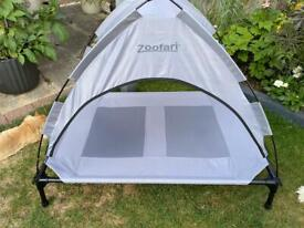 Zoofari dog bed with roof