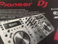 Pioneer XDJ-AERO-W mixer (as new, boxed)