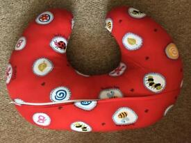Breastfeeding pillow. Support pillow/wedge.