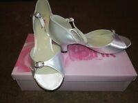 Little miss pink cherub heeled shoes size 6