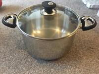 Stock pot / cooking pot & glass lid 5 litre