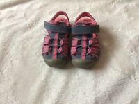 Clarks girls Doodles shoes size 4F
