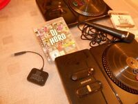 DJ Hero Bundle (2x Turntables, Mic, 2 x Games (DJ Hero, DJ Hero 2)