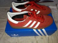 Adidas Spezial Trainer size 10 Red