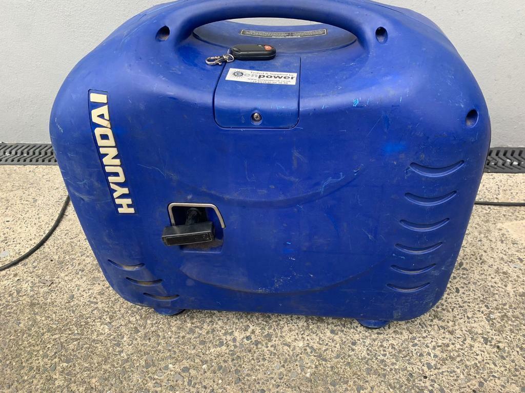 Hyundai remote start 3kw generator spares or repair | in Swansea | Gumtree