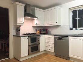 kitchen Units, Worktops, Oven, Hob & Sink