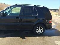 Very Clean ML320 with Navigation Full Package $3,388