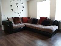 Large corner sofa (detachable)