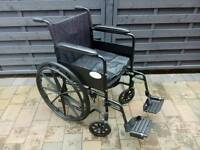 "18"" Self-propelled wheelchair (with cushion)"