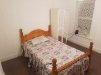 Single double bedroom flat