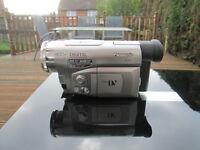 Panasonic NV-DS11B Mini DV camcorder