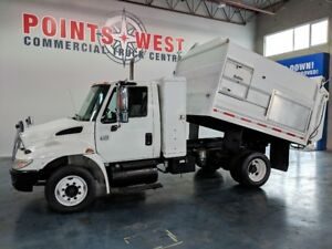 2005 International Dura Star 4300