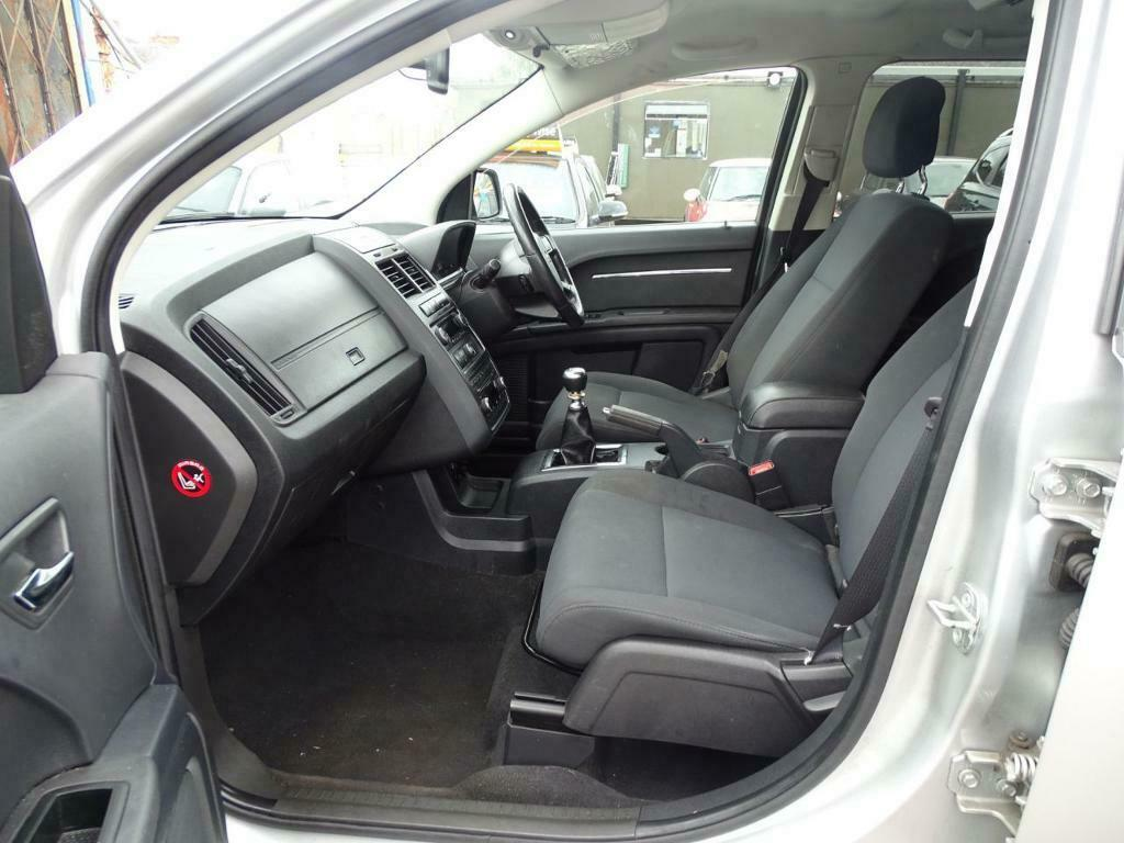 DODGE JOURNEY 2 0 CRD SXT DIESEL 7 SEATER (silver) 2010 | in Leicester,  Leicestershire | Gumtree
