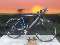 NEW British Eagle Zeus 6061 Alloy STI Road Bike Racer RRP £379