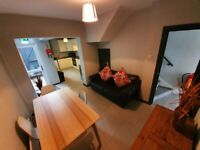 ##EXCELLENT STUDENT ACCOMMODATION NEAR QUEENS##