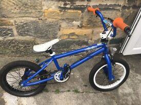 BLUE KIDS BMX BIKE. EXCELLENT CONDITION