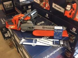 "Husqvarna 550xp Chainsaw Complete with 15"" bar and chain + FREE SPARE CHAIN/BAR!"
