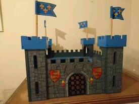 Le Toy Van wooden castle