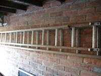 "Double extending Ladder 13' 4"" Wood / Alluminium"
