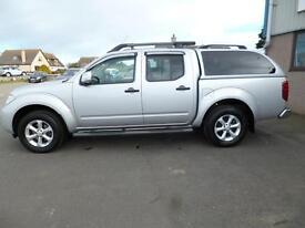 Nissan Navara DCI TEKNA 4X4 SHR DCB (silver) 2014-03-18