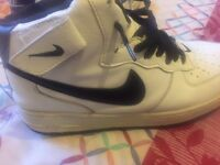 nike air force 1 white and black boots wore a few times great conditionno box