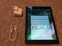 Apple iPad Air 16GB Wi-Fi Space Grey Excellent Condition Fully Boxed
