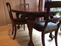 Antique Mahogany extendable dining table with chairs