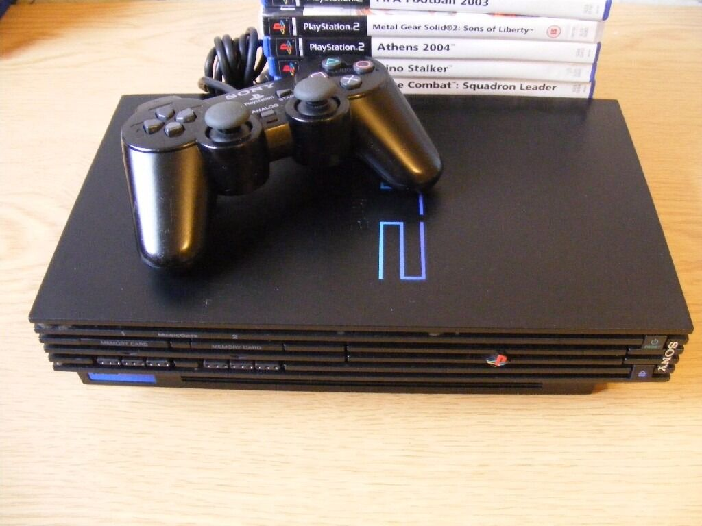 Sony PlayStation 2 Black Console (SCPH-39003) with 10 games