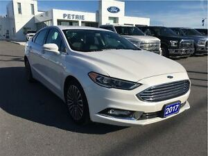 2017 Ford Fusion SE - NAV, HEATED LEATHER