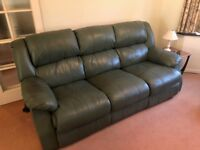 Leather 3 seater Sofa & 2 Armchairs with electric recliners & 2 seater Sofa with manual recliner VGC