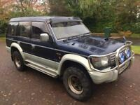 Winter 4wd 1 year mot Mitsubishi pajero exceed 2.8 turbo diesel automatic 7 seater