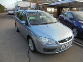 2005 55 ford focus 1.6 automatic ghia estate, only 56,000 miles, 12 months mot, 30 + cars in stock.