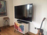 Like new 65 inch tv from hisense for sale. Only 5 months old have receipt from argos!
