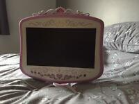 19 inch tv and DVD combi